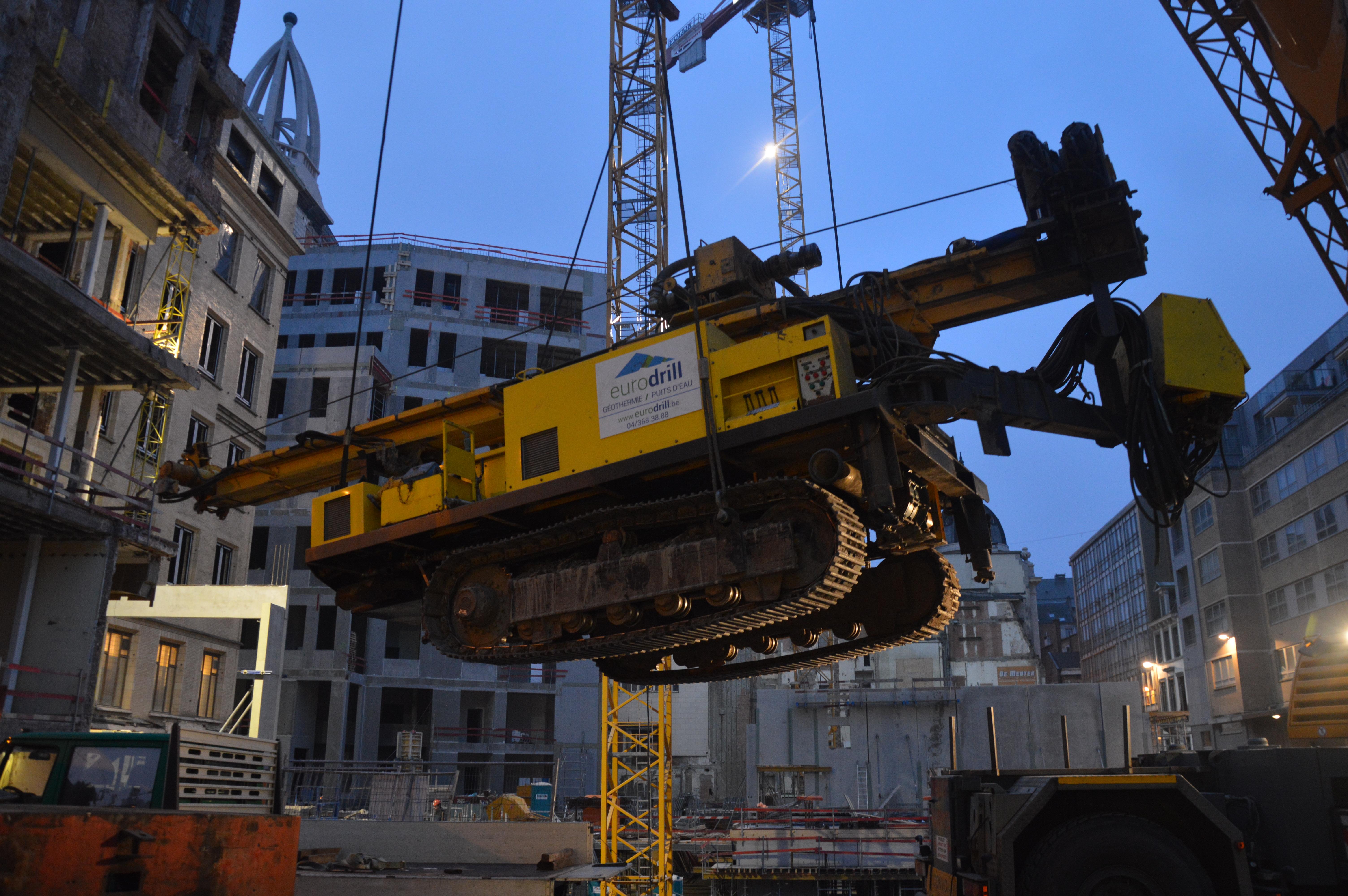 chantier-bruxelles-centre-forage-installation-pompe-puits-geothermie-eurodrill-liege-belgique-26
