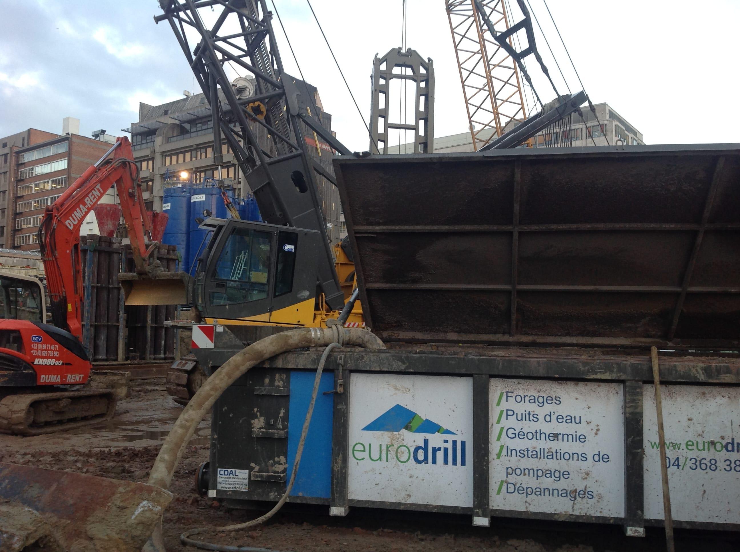 chantier-bruxelles-forage-installation-pompe-puits-geothermie-eurodrill-liege-belgique-6